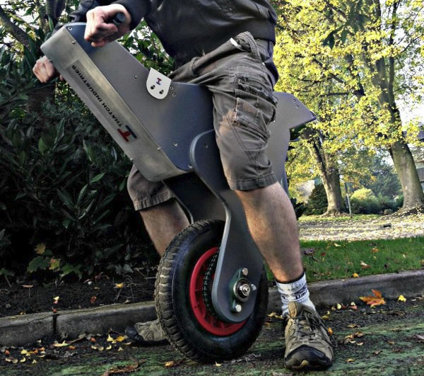 unicycle-uses-an-arduino-to-keep-upright