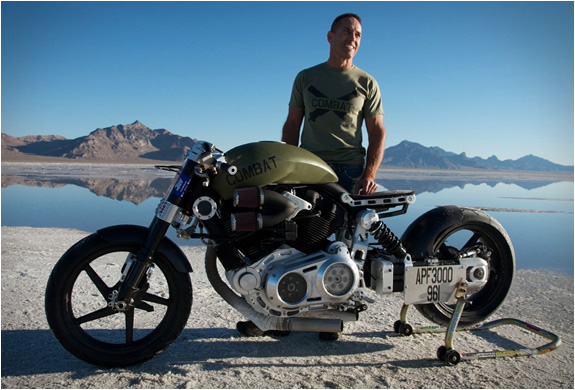 x132-hellcat-combat-by-confederate-motorcycles4