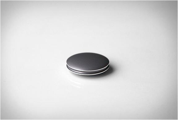 misfit-shine-activity-tracker-2