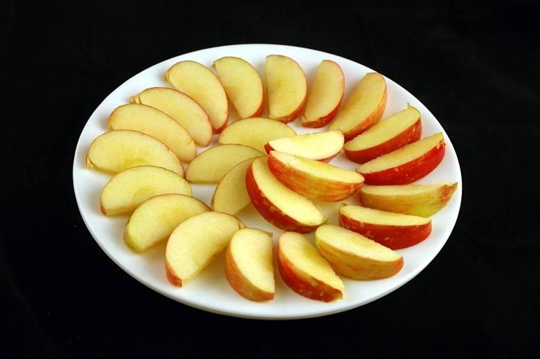 Яблоки 385 г = 200 ккал