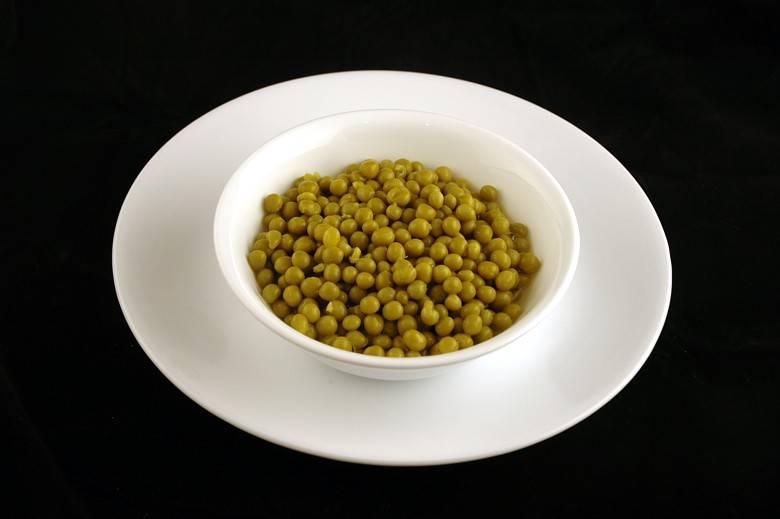 Консервированный зеленый горошек 357 г = 200 ккал