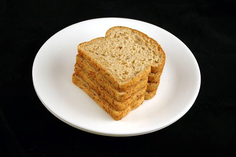 Льняной хлеб 90 г = 200 ккал