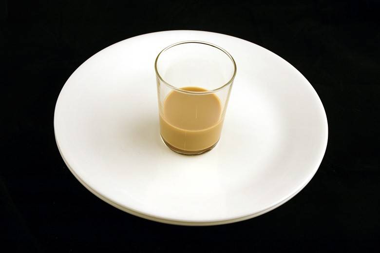 Ликер Бейлиз (Bailey's Irish Cream) 60 мл = 200 ккал