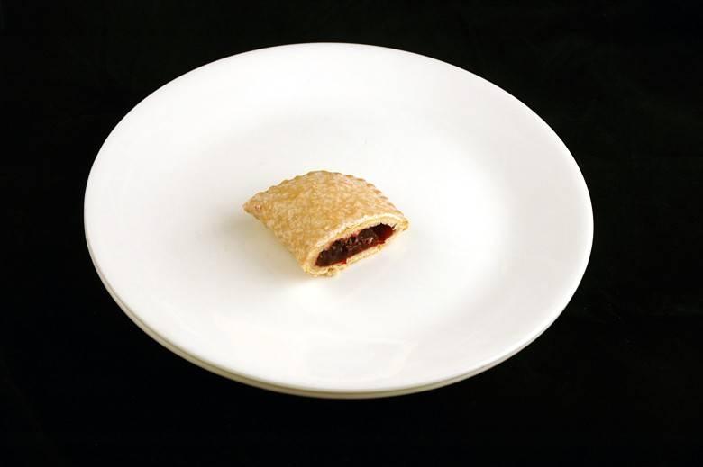 Пирожок с фруктовой начинкой 56 г = 200 ккал
