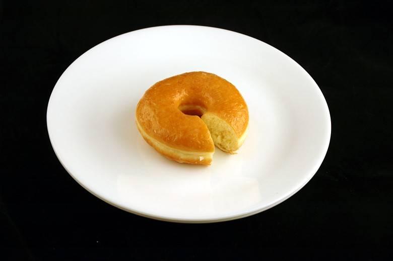 Пончик 52 г = 200 ккал