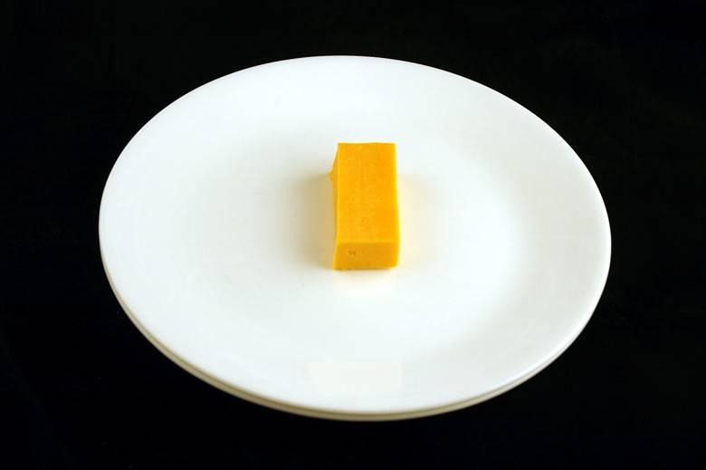 Сыр Чеддер 51 г = 200 ккал