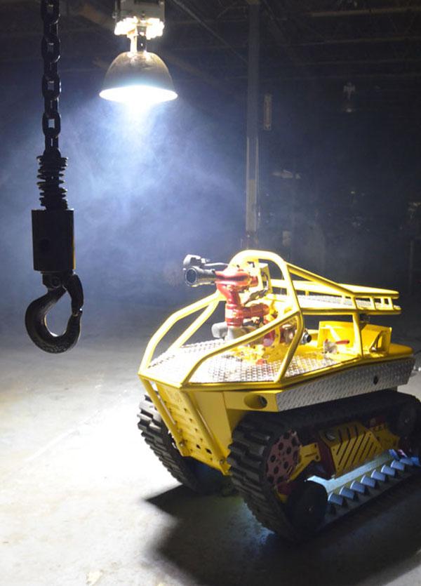 фото первого робота пожарника Термит