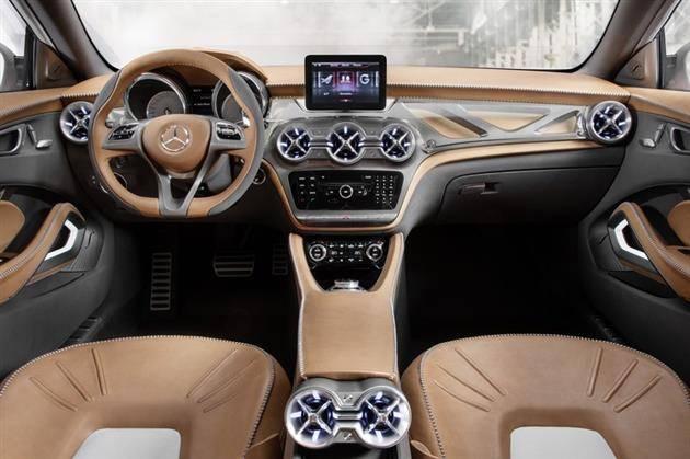 Компактный кроссовер Mercedes-Benz GLA