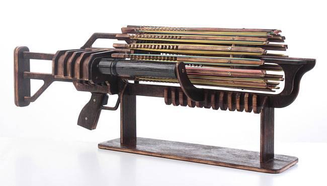 Александр Шпетный, молодой дизайнер из Украины и его проект Rubber Band Machine Gun