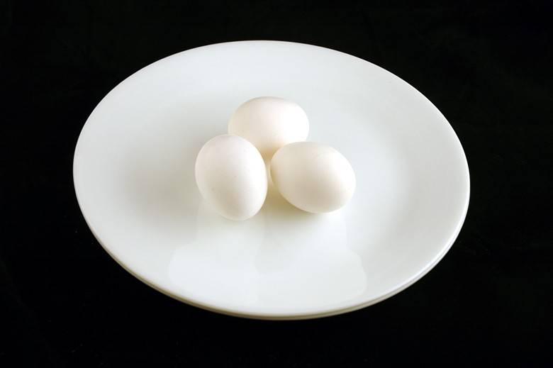 Яйца 150 г = 200 ккал