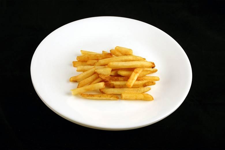 Картофель фри 73 г = 200 ккал