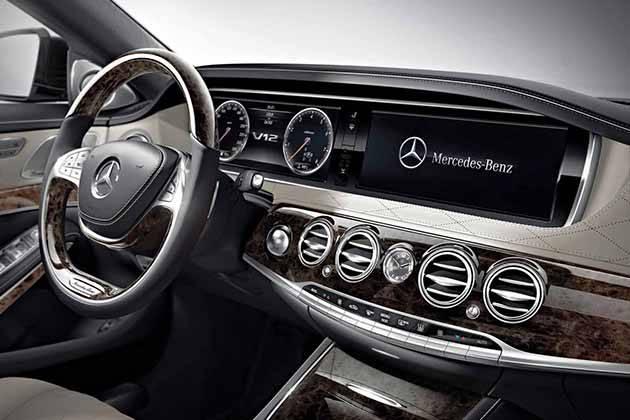 Mercedes-Benz S600 2015 - би-турбо 6,0-литровый V12 мощностью в 530 л.с.