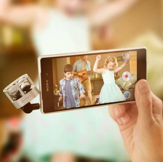 Sony Xperia Z2 обладает защитой от пыли стандарта IP55 и защитой от влаги – IP58