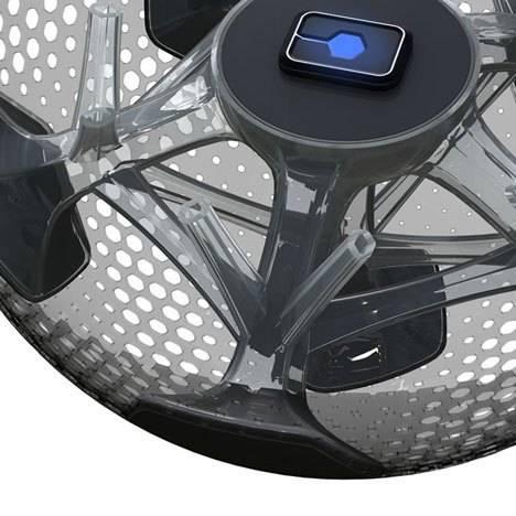 Мексиканская студия разработала концепт прозрачного футбольного мяча